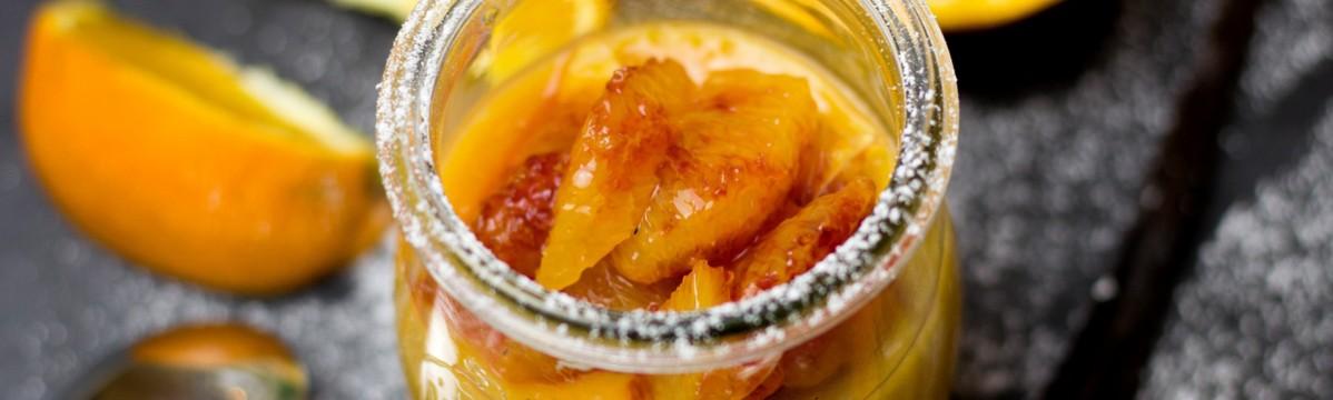 Flan de mango aromatizado con cardamomo